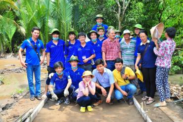 Sponsoring for Green Summer Campaign Volunteer 2015 of University of Technology in Tra Vinh.