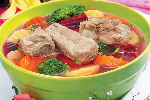 Canh sườn súp lơ